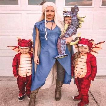 ✔10 genius couples halloween costumes 7 Attending Halloween celebrations with your other half? Yo