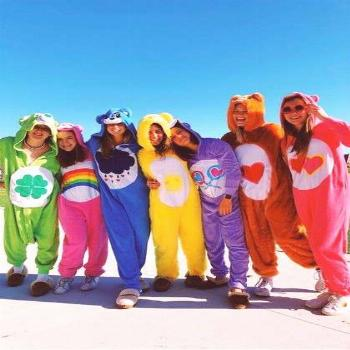 90+ Best DIY Group Halloween Costumes for your girl squad
