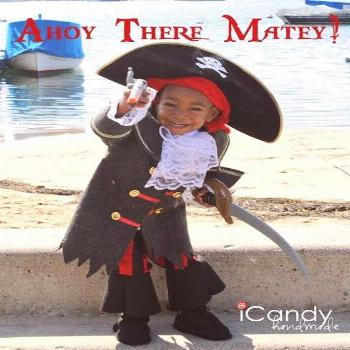 icandy handmade (tutorial and pattern) Semi-Homemade Pirate Costume DIY Pirate Boots icandy handm