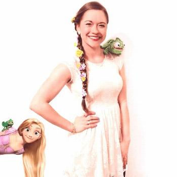 Rapunzel Halloween Costume - Check out these 40 cute and creative Halloween costume ideas for women