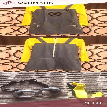 Women's Minion Costume Women's Minion Costume. Size S/M. Teeny tiny hole on left shoulder. Othe